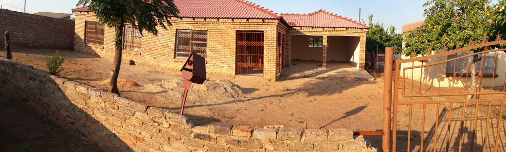 3 Bedroom 2 Bathroom house for sale in Soshanguve Pretoria