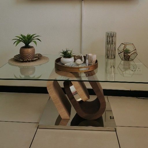 Stunning ultra modern coffee table Fourways