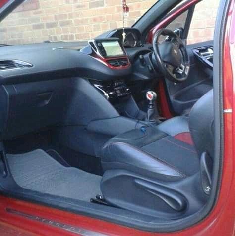 2013 Peugeot 208 3 door GTi