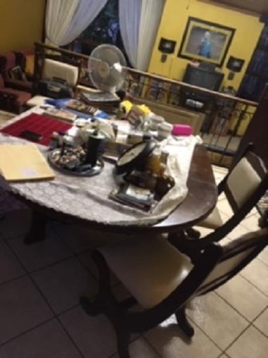 Urgent Dining Room Set For Sale In Pretoria North