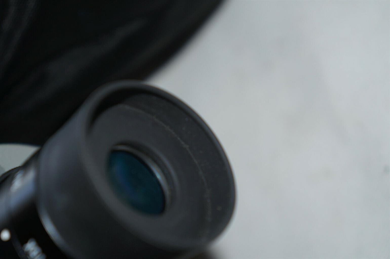 BURRIS...15-45 x 60 ..zoom..spotting scope with carrier.