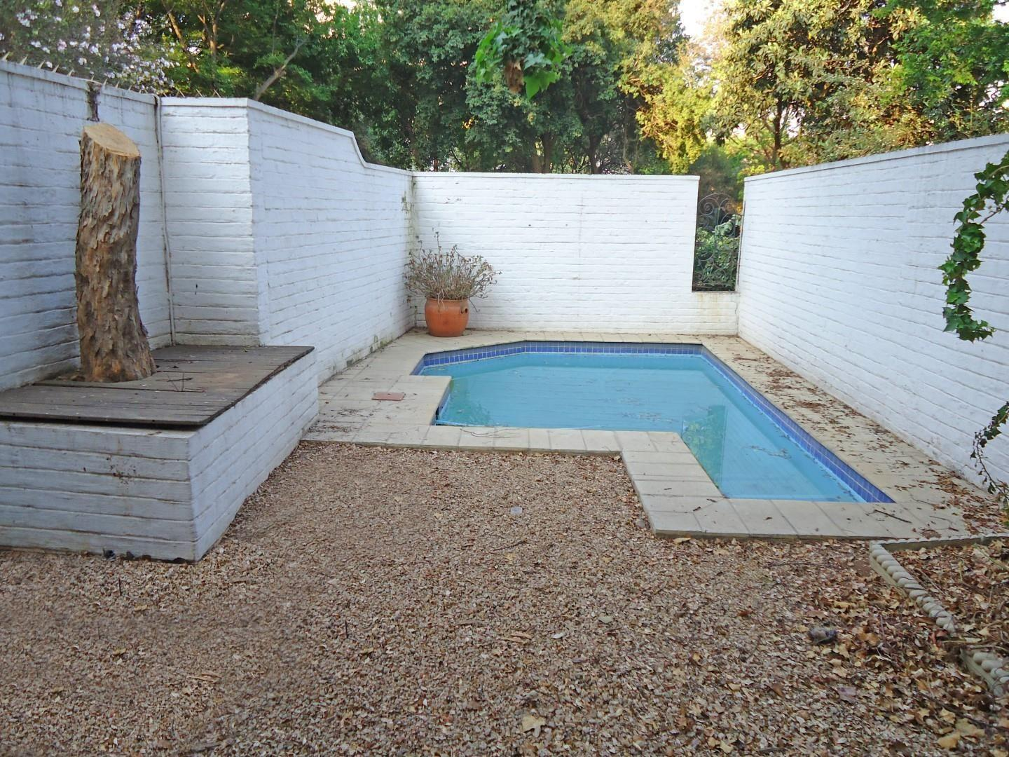 Townhouse For Sale in Sandown