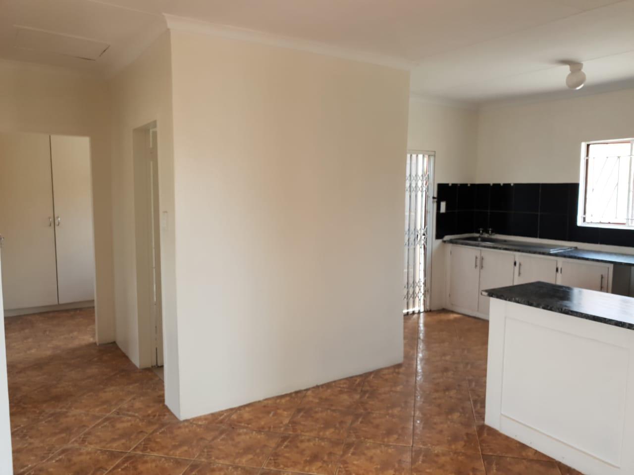 House Orchards x31 R770k Urgent sale