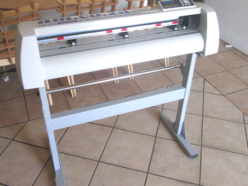 V-1703 V-Series High-Speed USB Vinyl Cutter, 1700mm Working Area, FlexiSIGN Software Vinyl