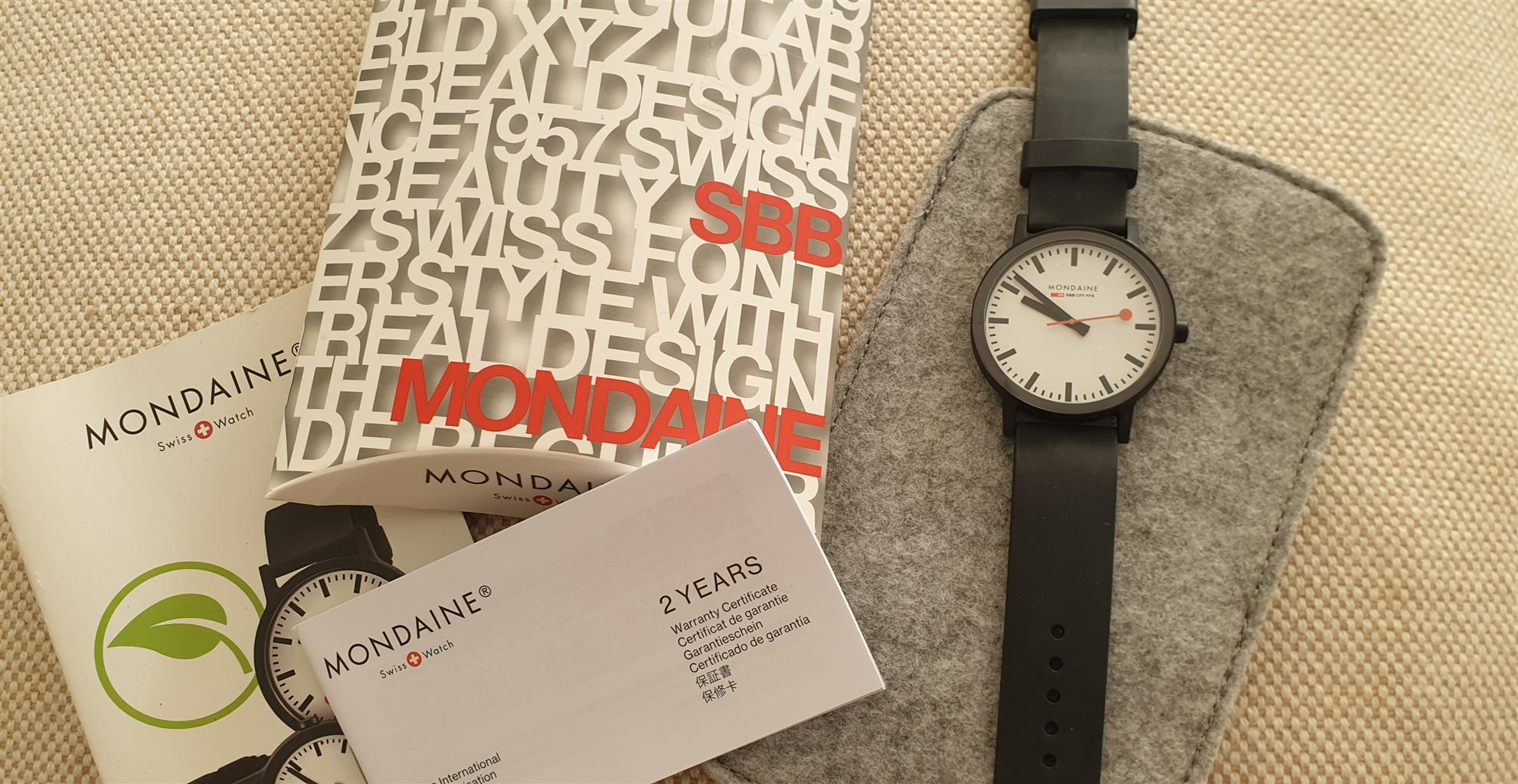 MONDAINE Mens Watch