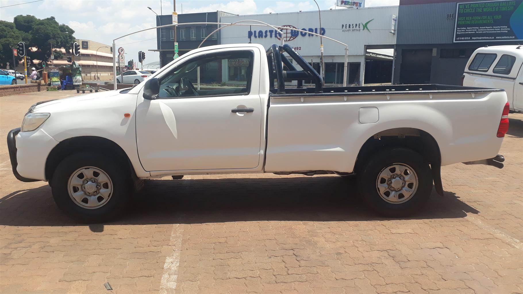 2012 Toyota Hilux single cab HILUX 2.4 GD P/U S/C