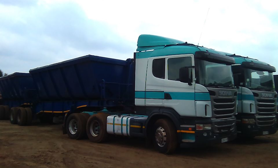 ton Side tipper trucks and trailers for rent