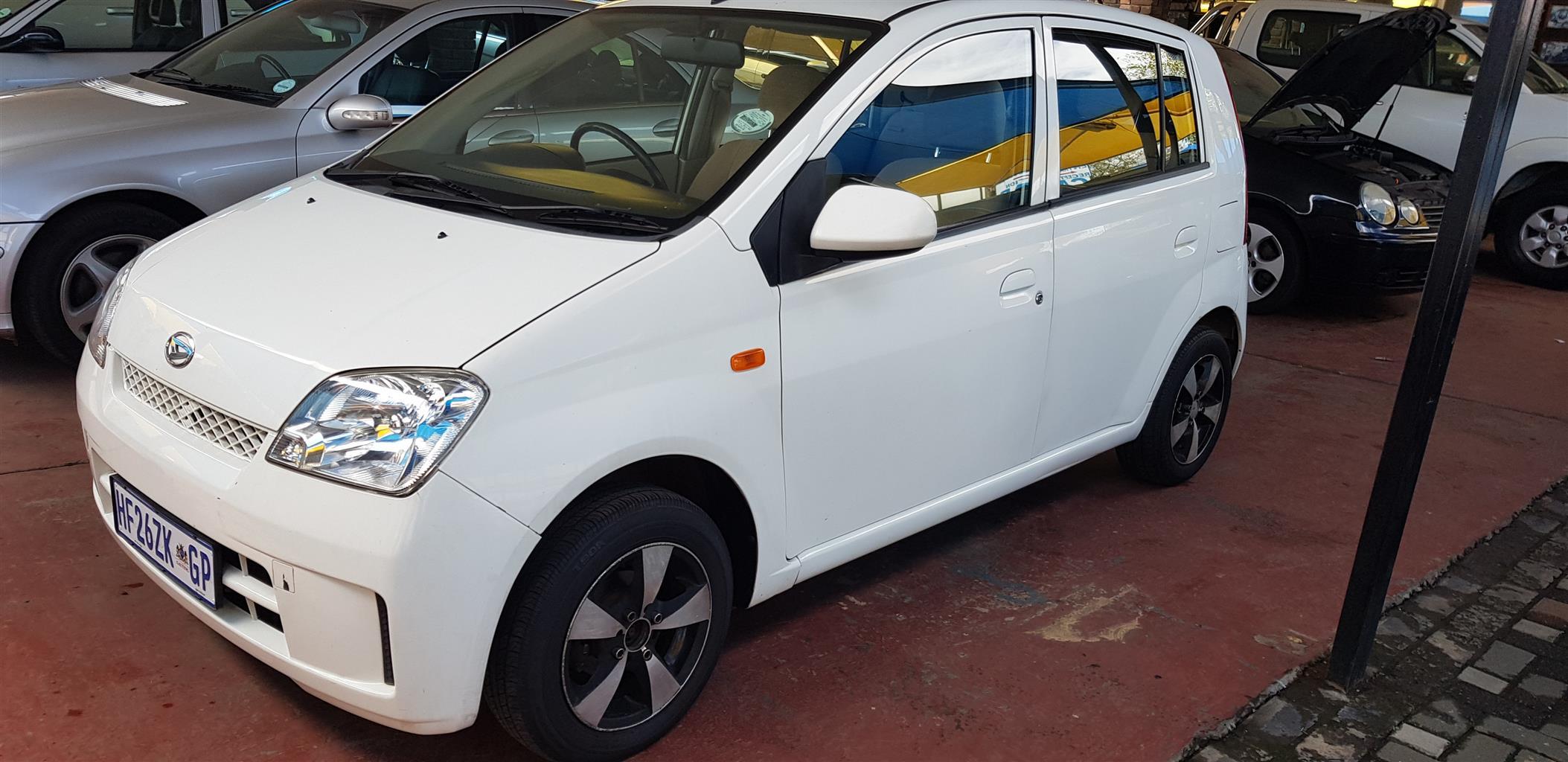 2007 Daihatsu Charade CXL