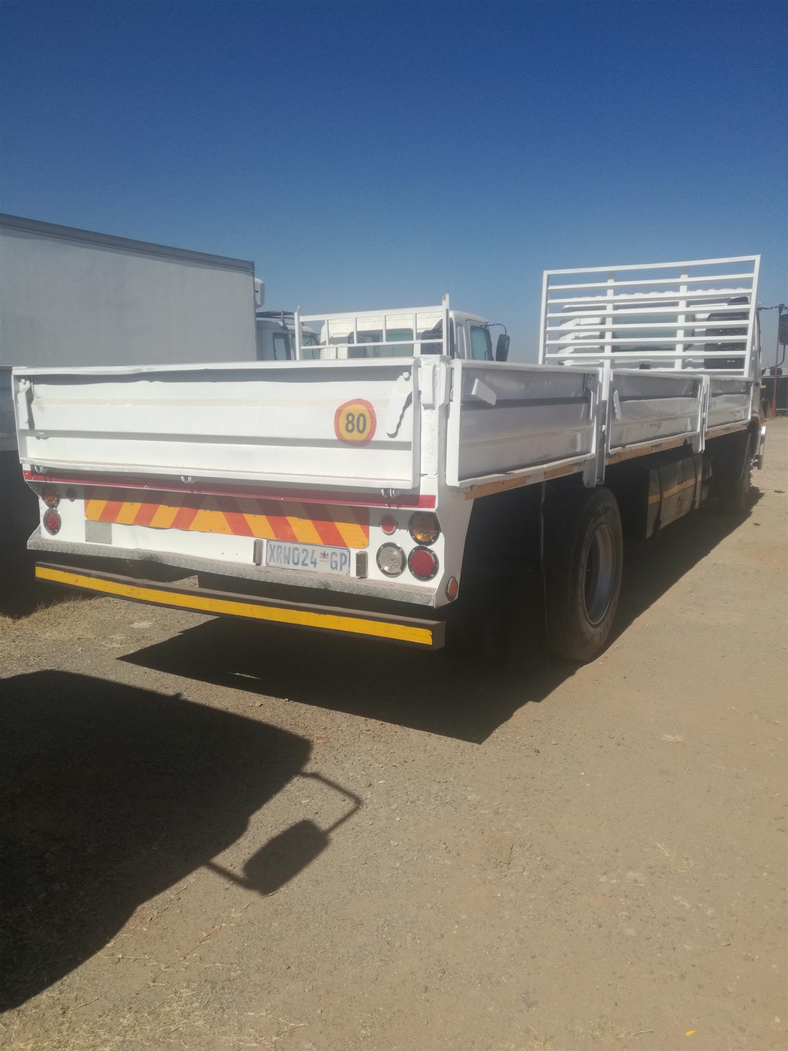 HINO 15.528 DROPSIDE FOR SALE. POSTED BY MUHAMMAD