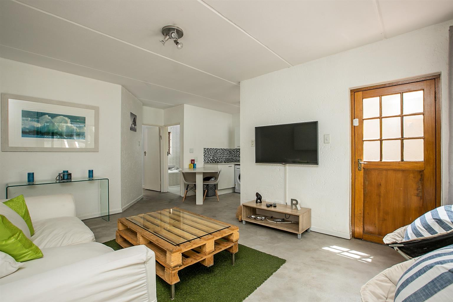 Apartment Rental Monthly in Atholl