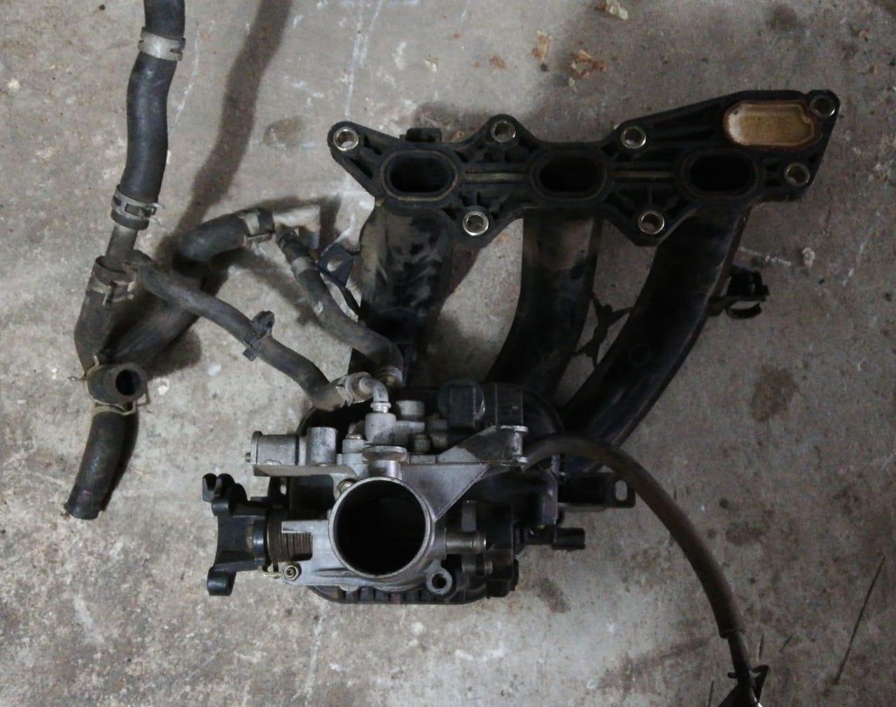 Daihatsu Charade Intake Manifold