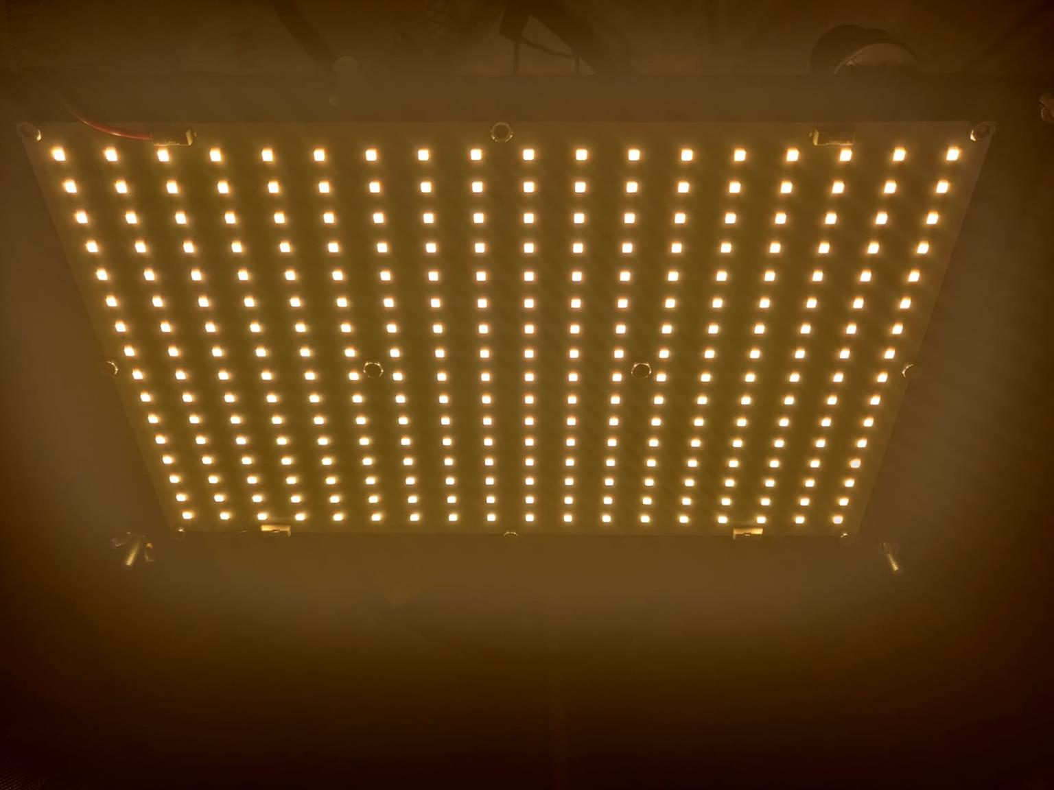 Samsung Full Spectrum LED light - 120W