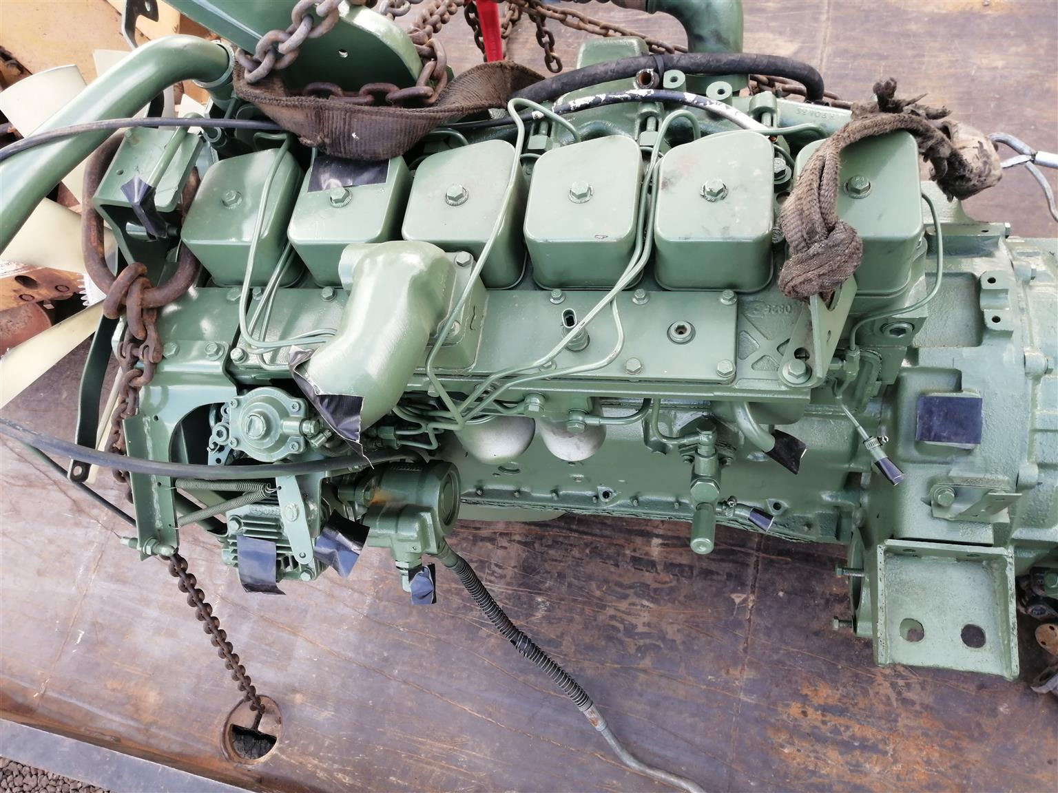 Selling 6bt cummins engine in good condition