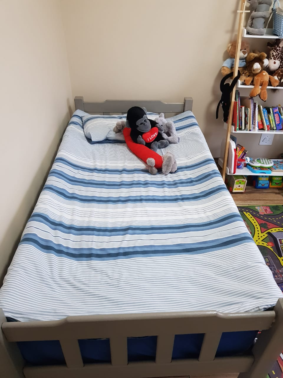Toddler bed and Sealy mattress