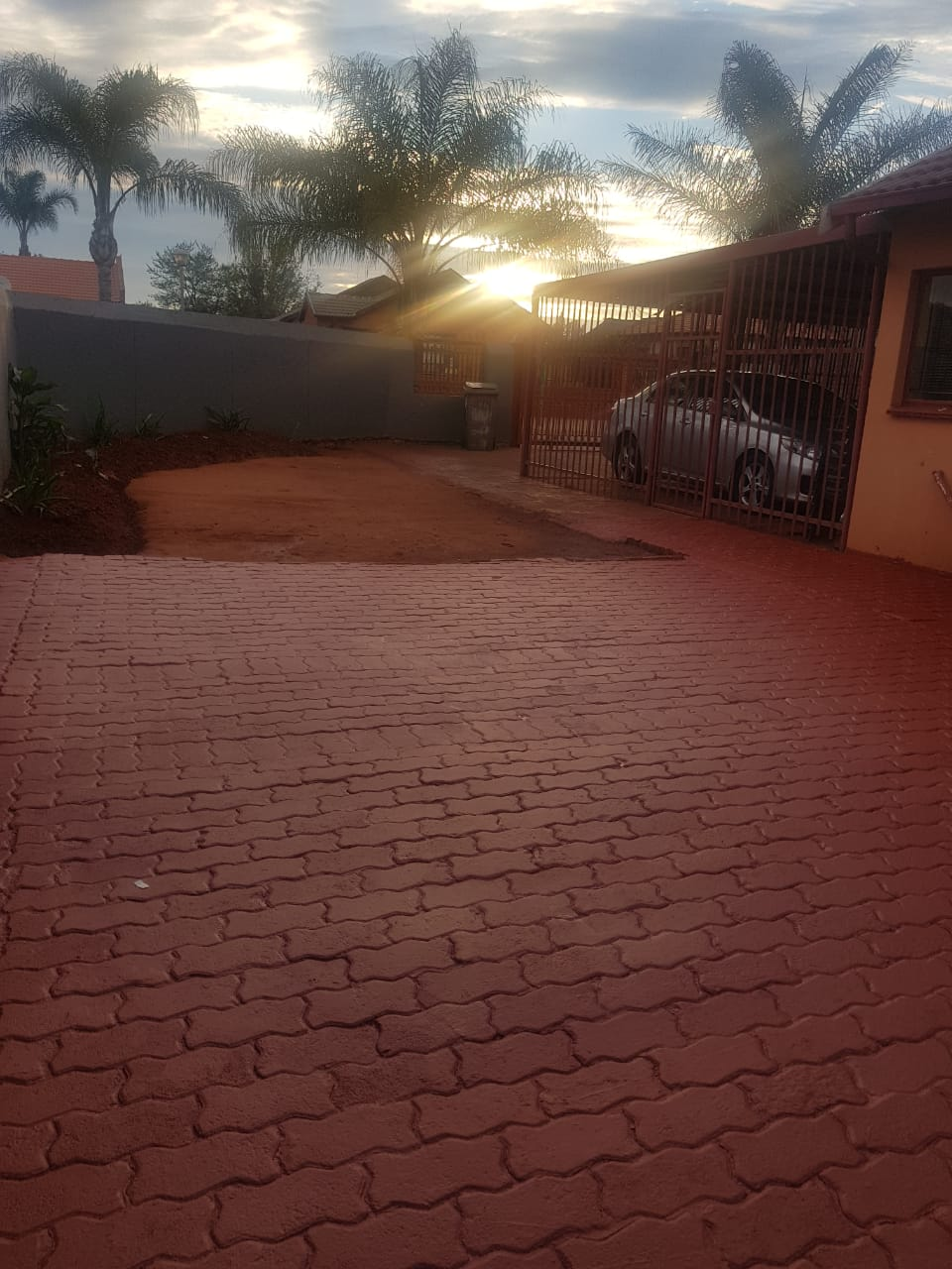 3 bedroom House in Clarina - R 950 000