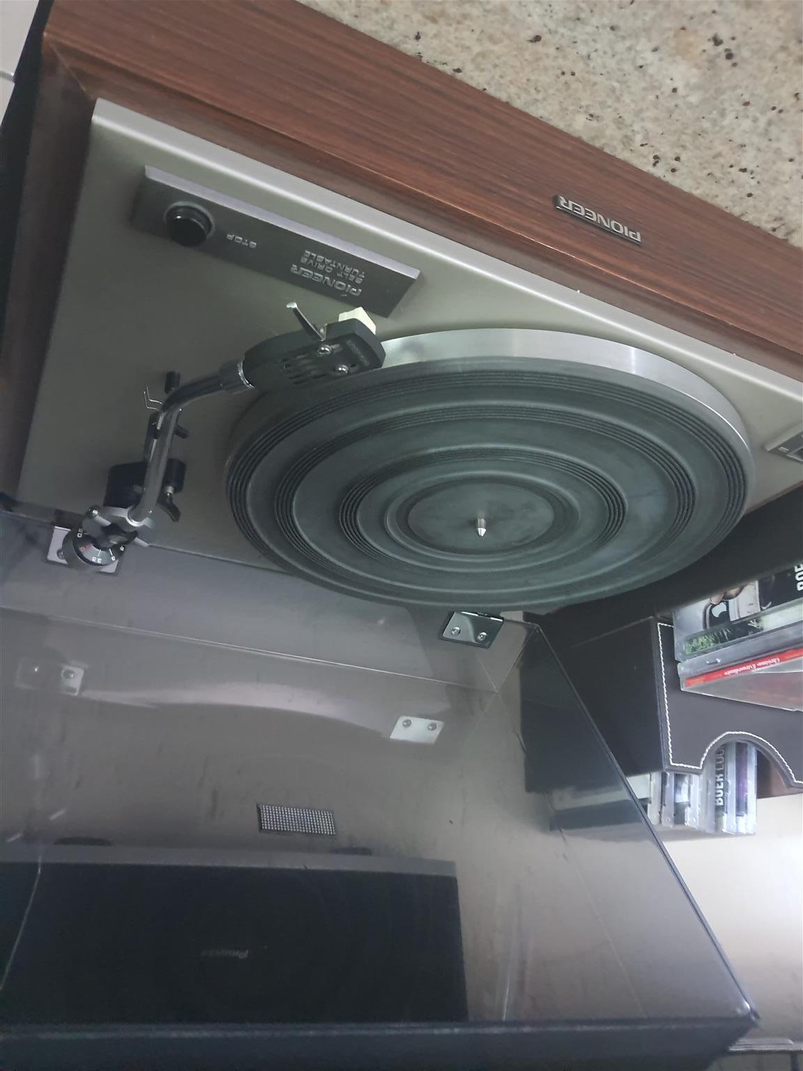 Record and cassette player with amp and speakers