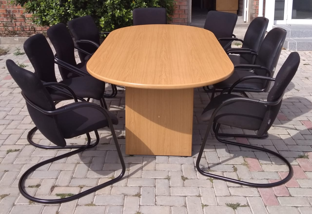 CECIL NURSE EXCELLENT QUALITY BOARD ROOM CONFERENCE TABLE FOR SALE