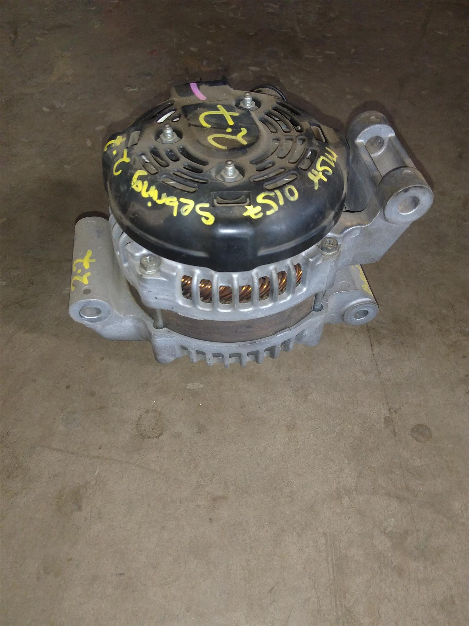 Chrysler Sebring 2.7 Alternator
