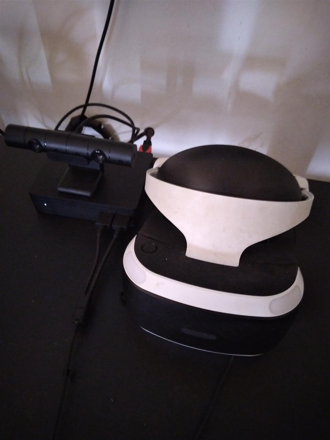 Ps4 Virtual reality head set combo