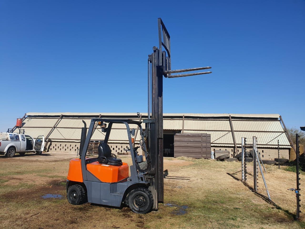 2.5 T Doosan Forklift