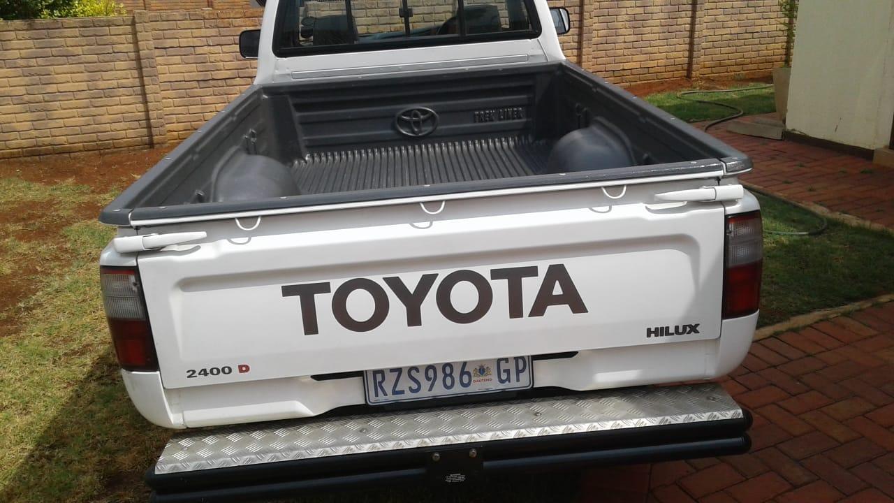 2005 Toyota Hilux 2.4GD