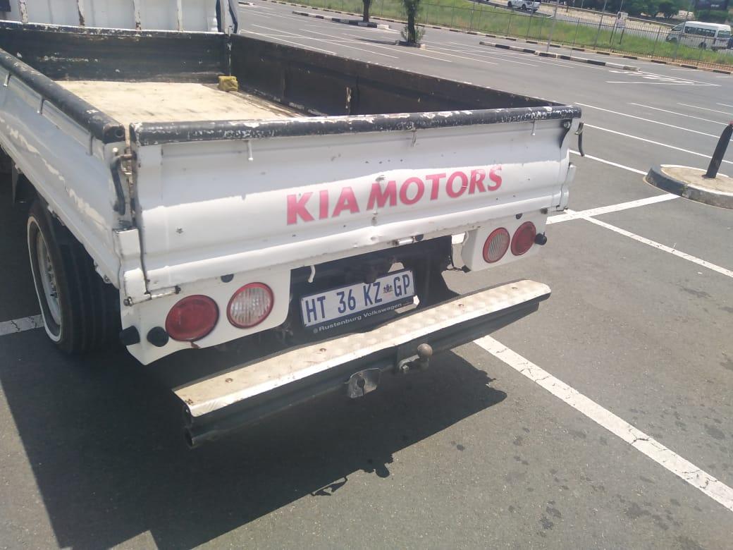 2015 Kia K2700