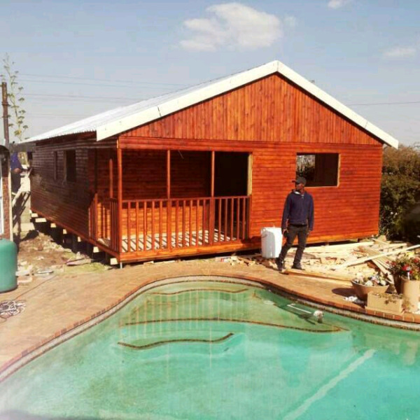 Wendy houses and log cabins for sale