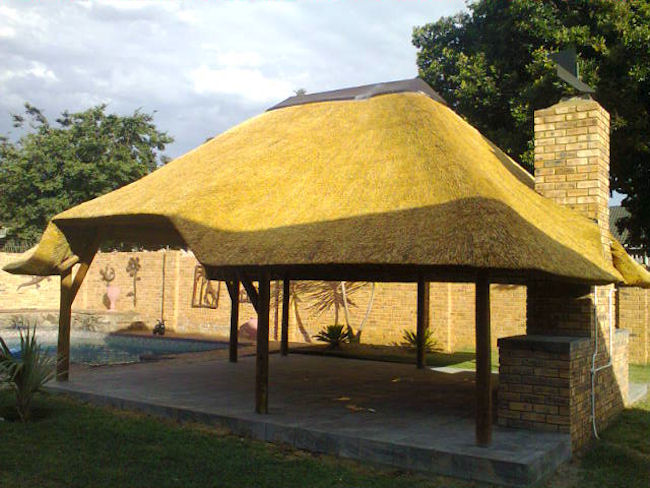 Lapa, Thatch Roofs, Thatch Repairs and mantainance