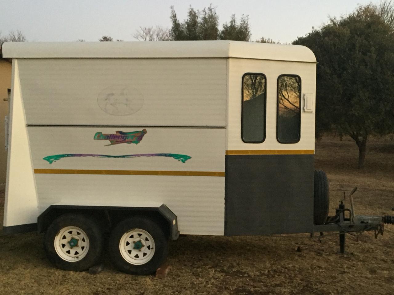 Challenger Horsebox