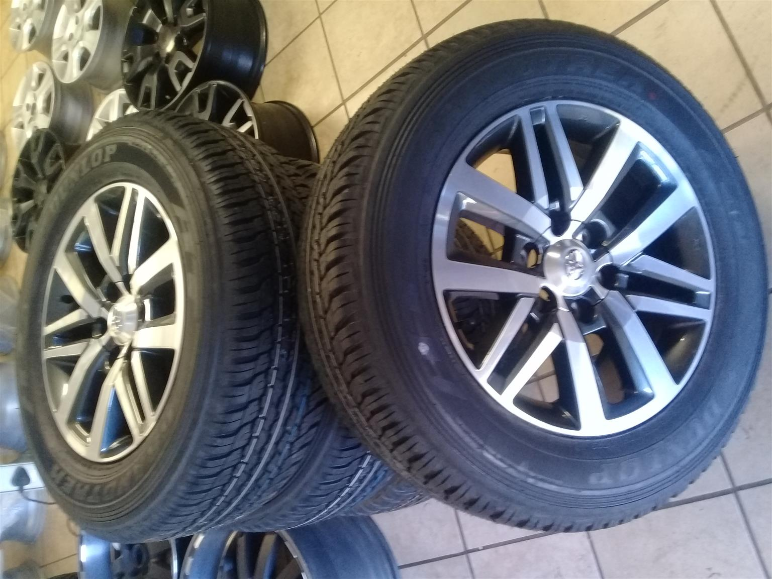 Toyota hilux/fortuner 18'' set of new speck mags 4x   6x139 pcd, with brand new set of tyres 265/60/18 set combo, r13500, we do fitments and balancing , we do trade inns, we do deliveries we open from