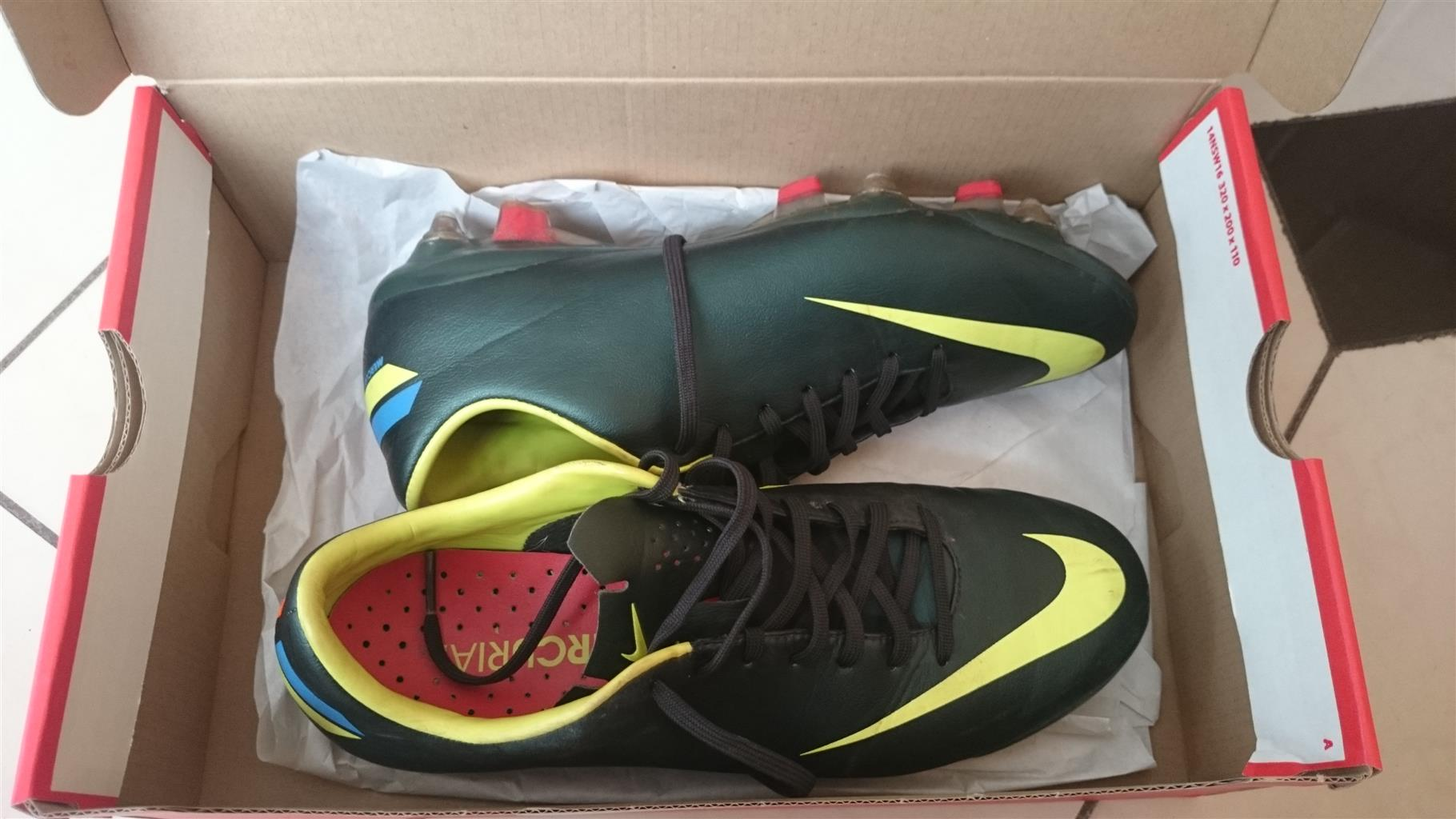 Soccer boots Nike mecurial