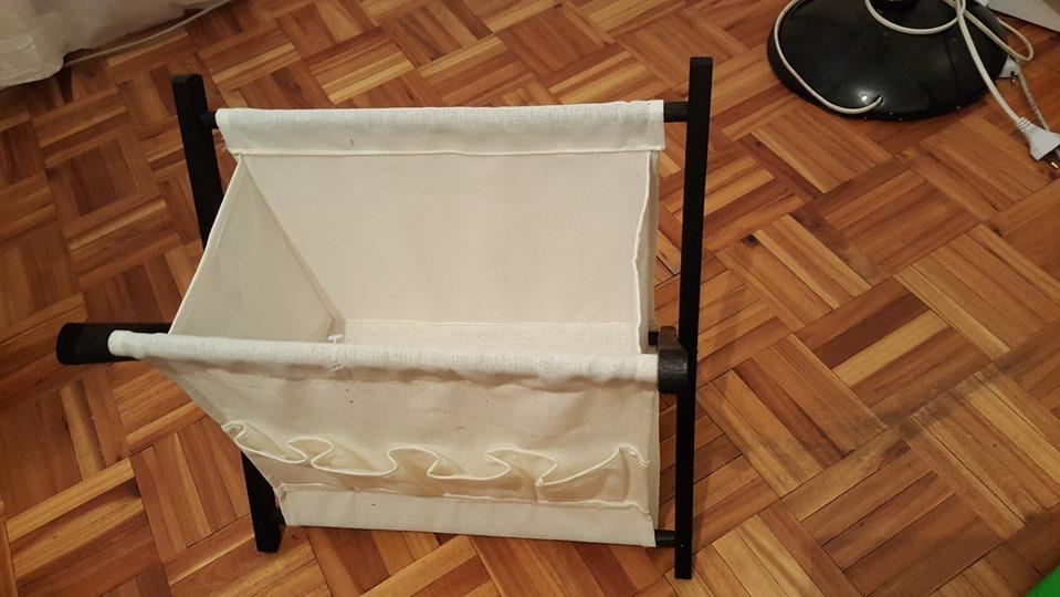 fold up magazine rack