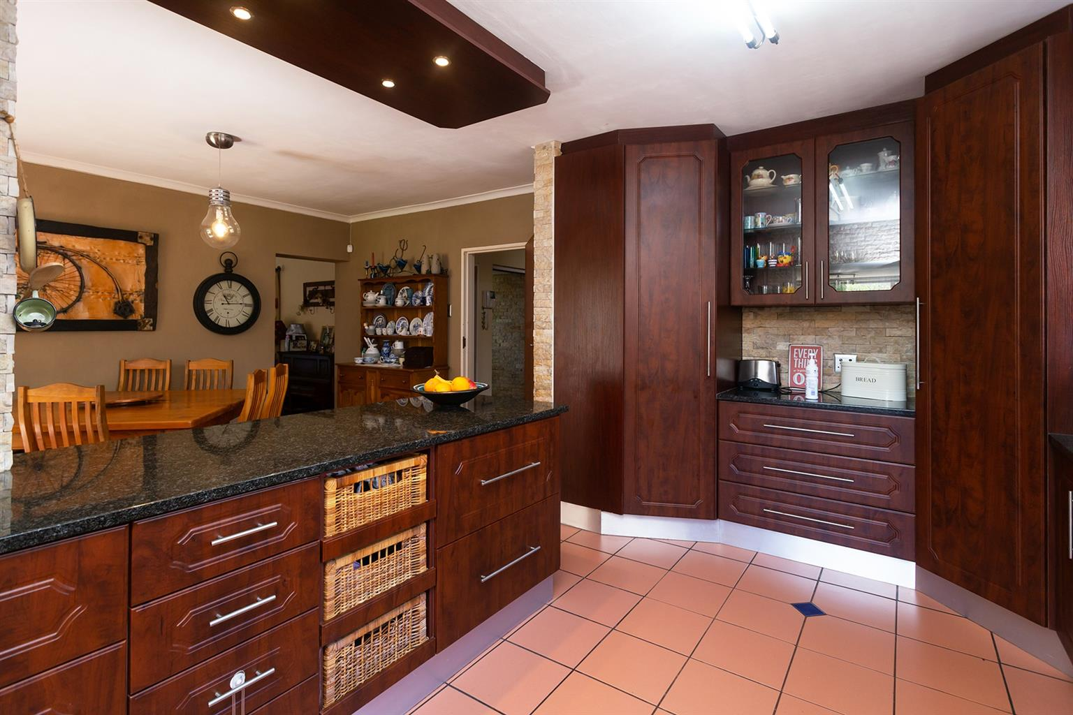 House For Sale in Linkside