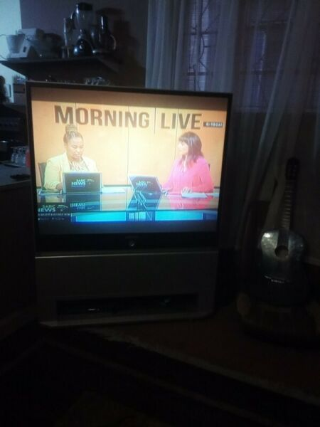 Samsung Rear Projection Tv with remote