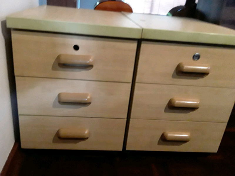 2x Office Drawers