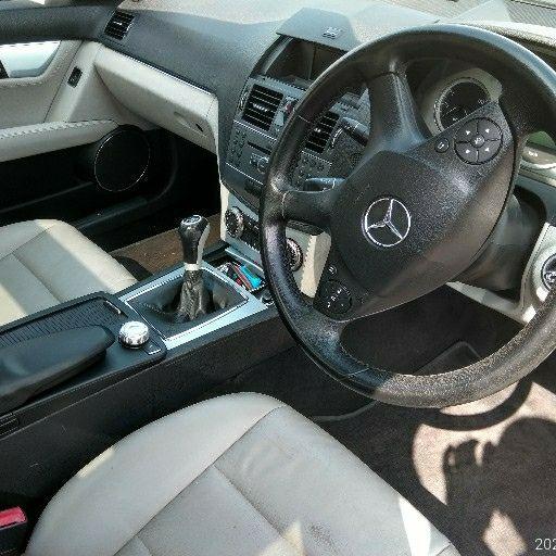 2010 Mercedes Benz 200E