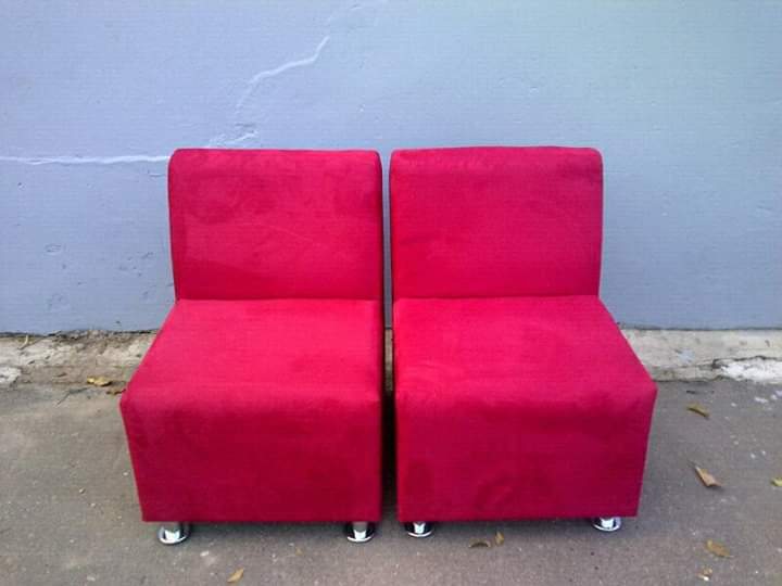 Lounge suite sale at Marge's k furniture pH 0603059903