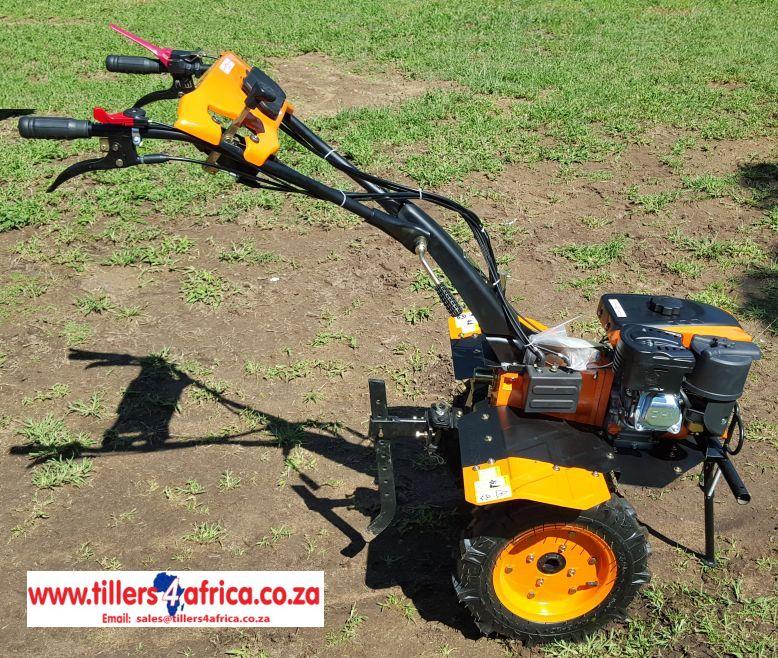Tiller / Rotovator / Cultivator
