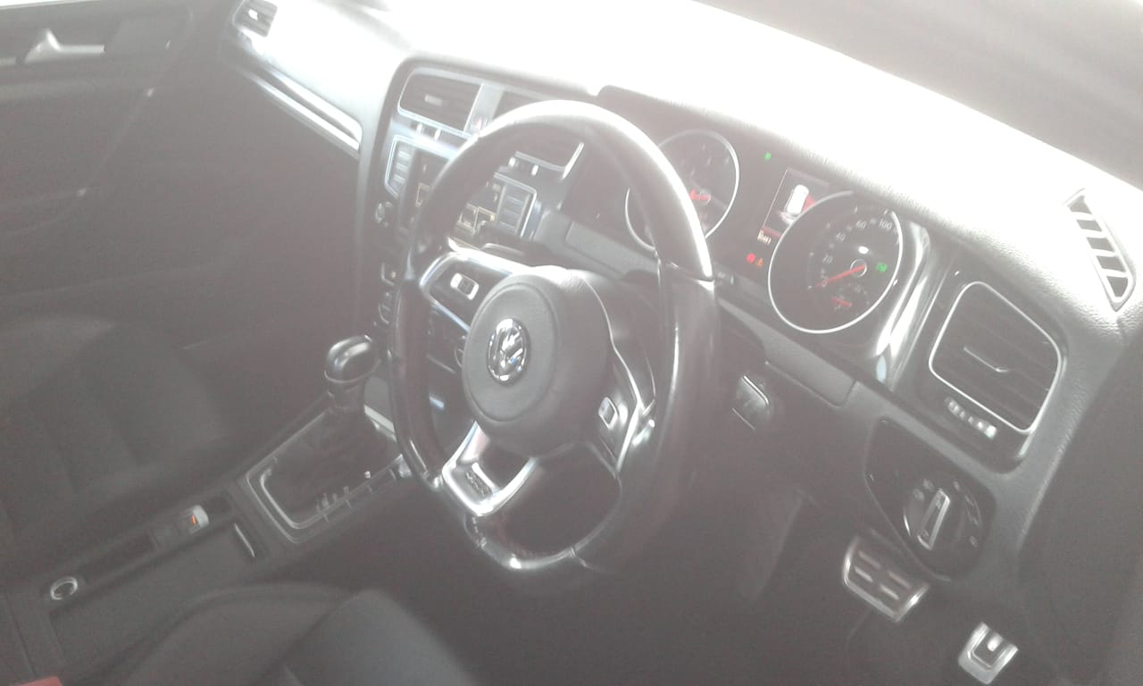 2017 VW Golf GTI auto