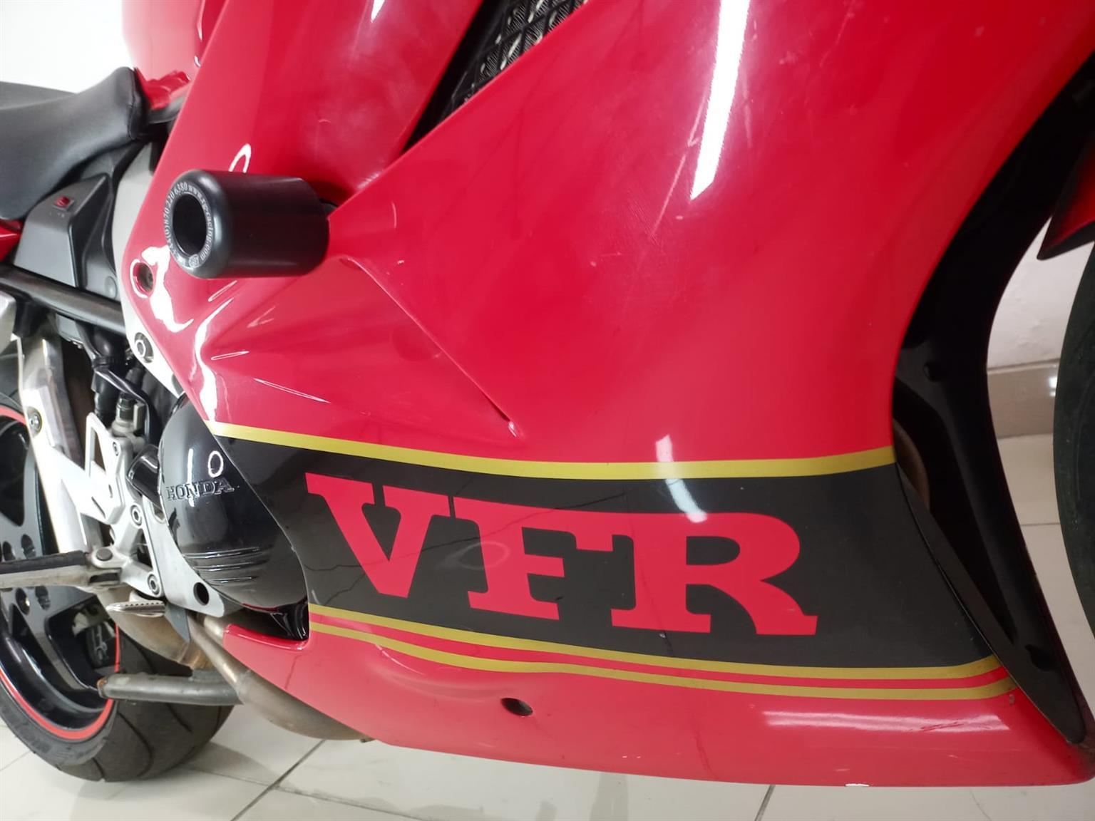 2003 Honda VFR