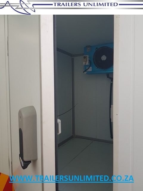 COLD ROOM UNITS 50MM INSULATED PANELS. FRIDGE OR FREEZER.