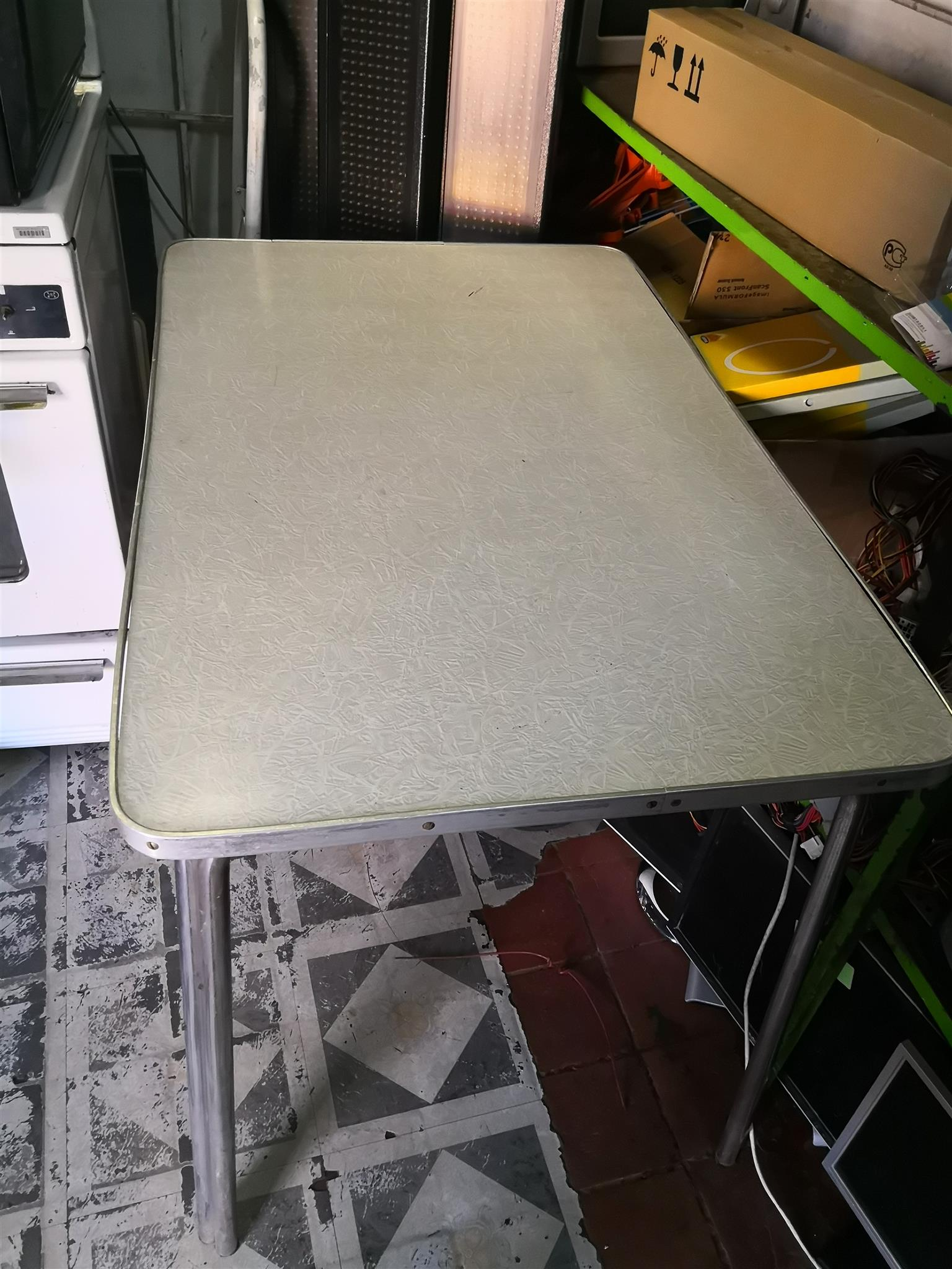 Restaurant table or kitchen table