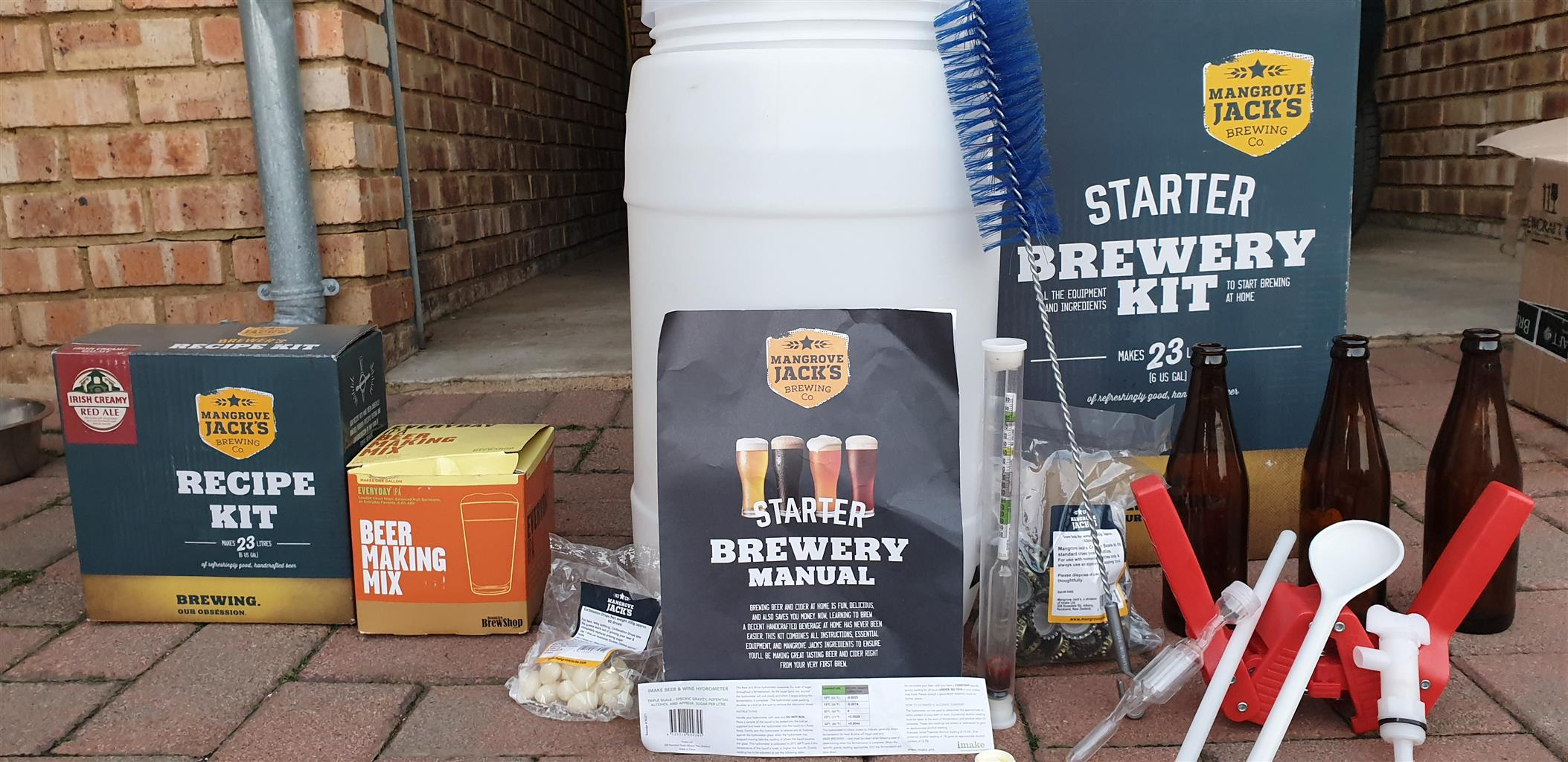 Beer Brewing Kit: Mangrove Jack's Brewery Starter Kit | Junk Mail