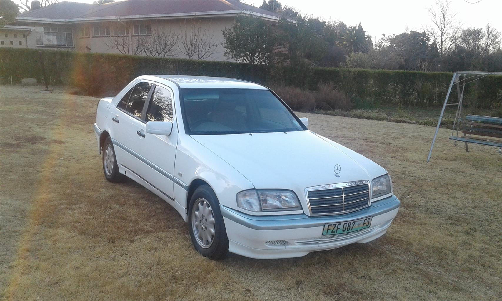 2002 Mercedes Benz C Class C200