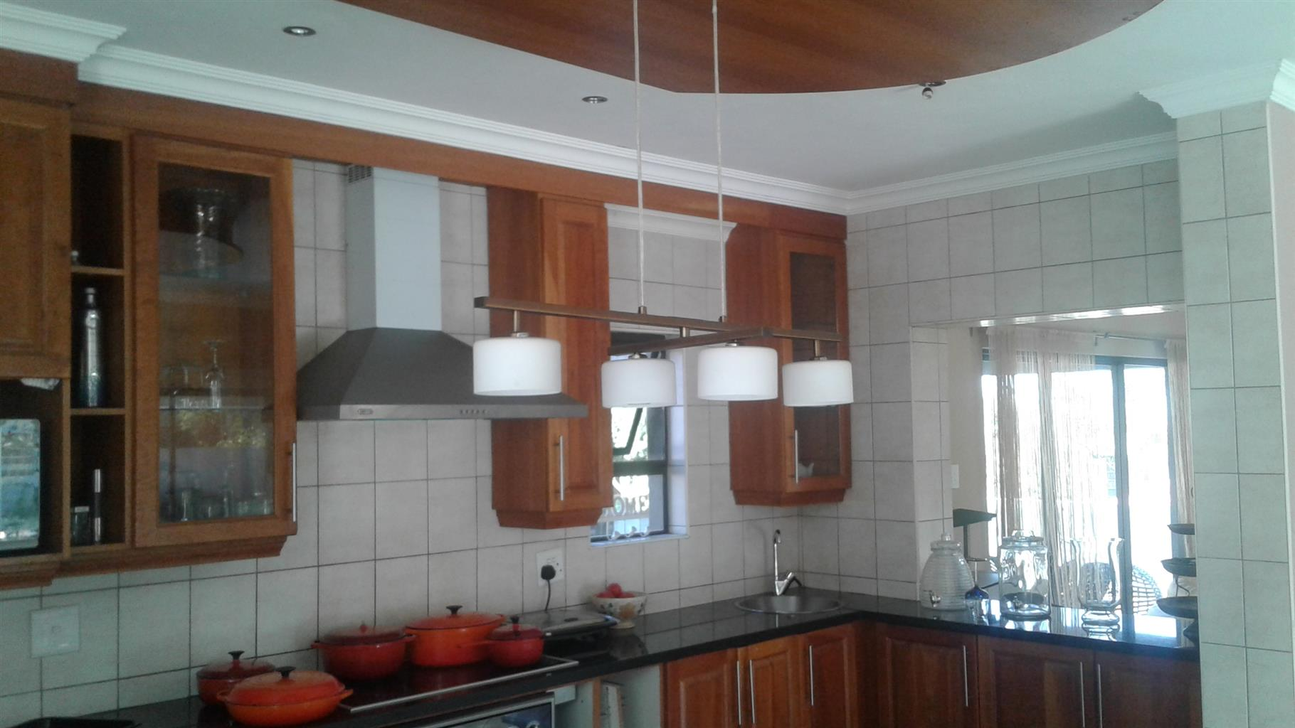 TO HAVE 5 BEDROOMS FAMILY HOUSE  FOR SALE HAARTEBEESPORT BIRDWOOD ESTATE IFAFI R2 250 000.00 CALL SOPHY FOR MORE INFO 0760813571