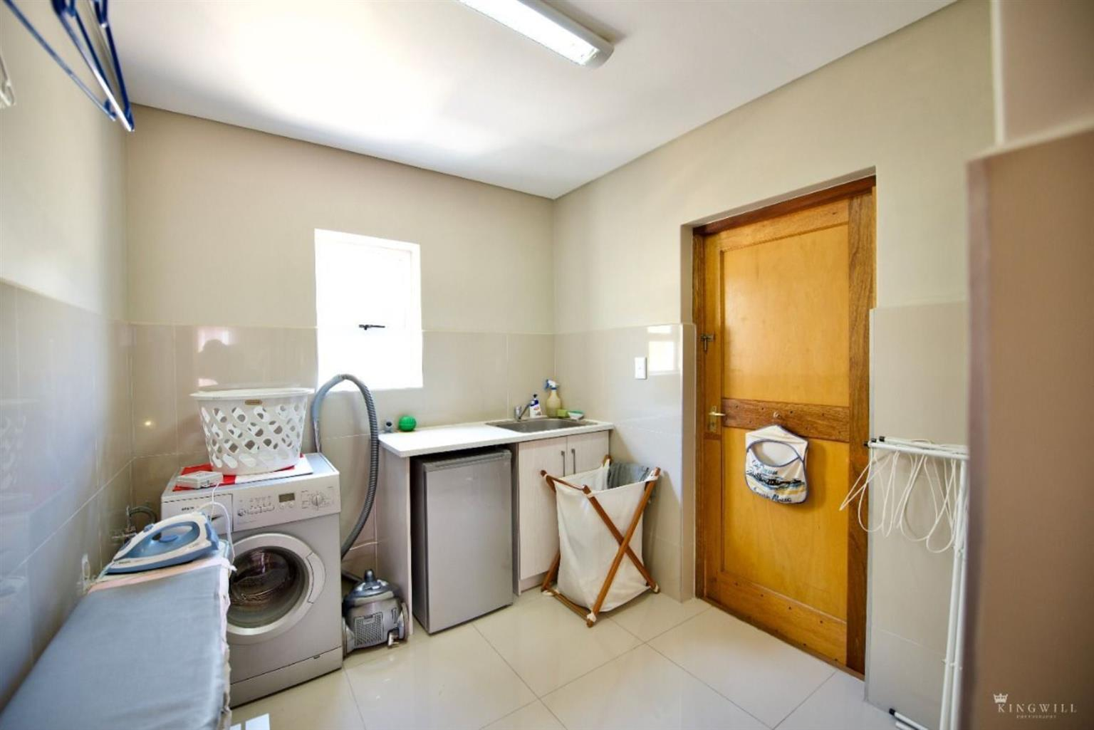 House Rental Monthly in Mount Royal Golf Estate