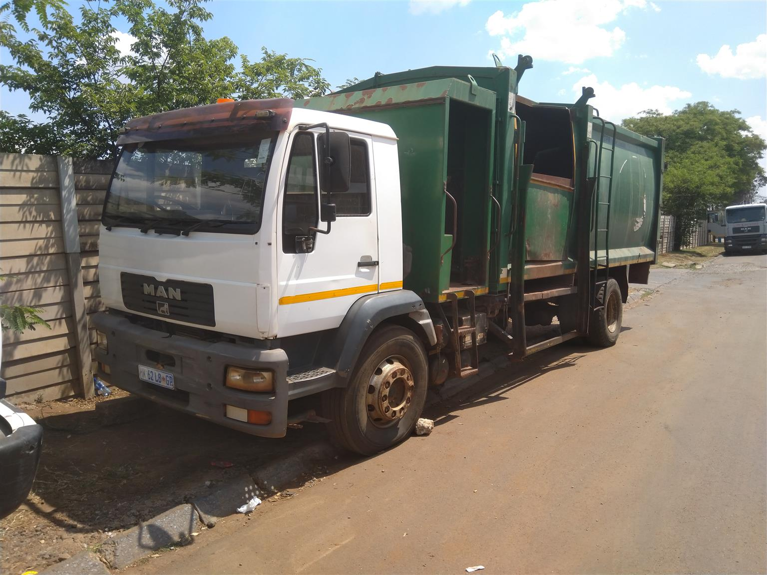 GOOD SECONDHAND WASTE COMPACTOR AVAILABLE
