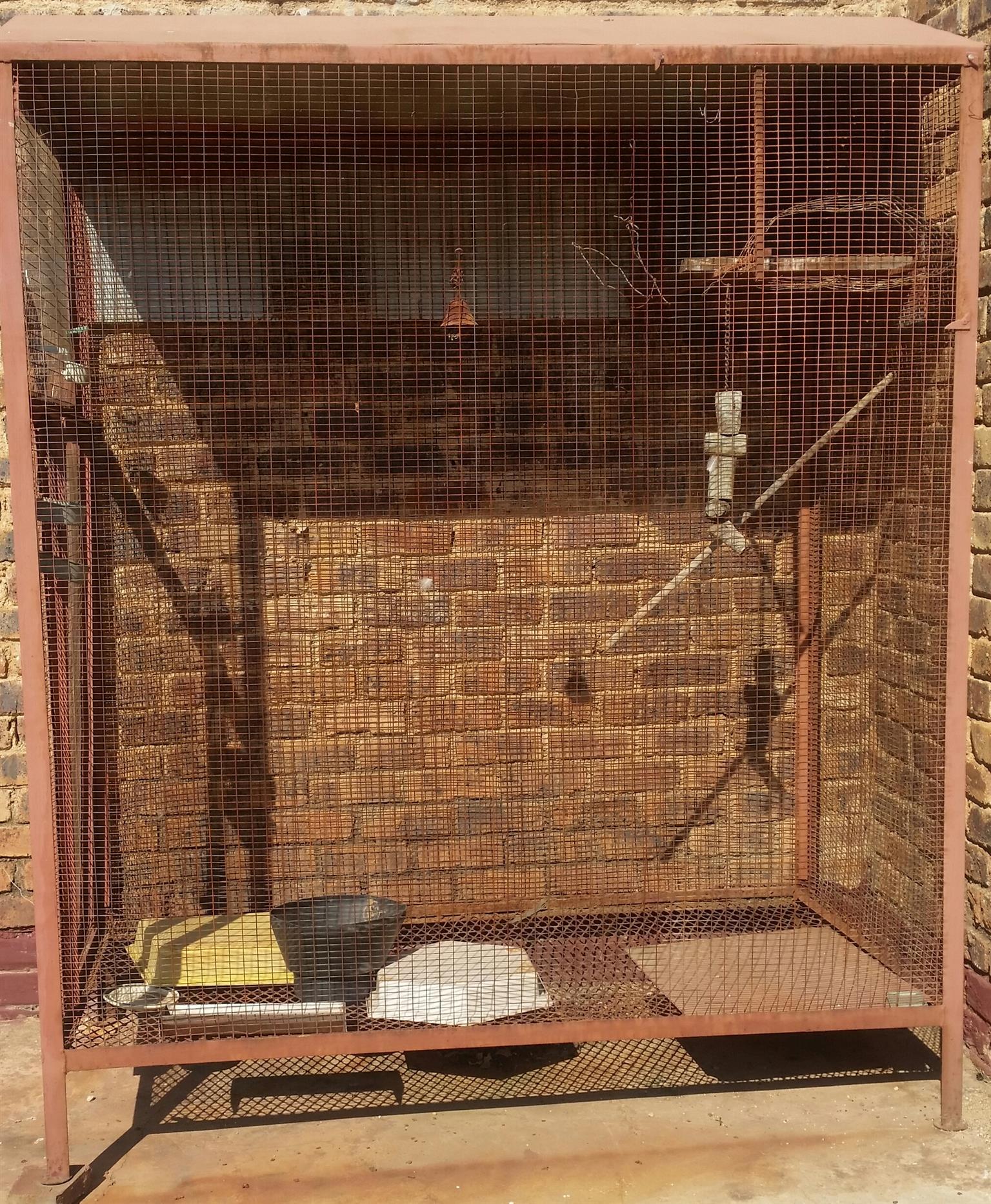 Outdoor Birds house