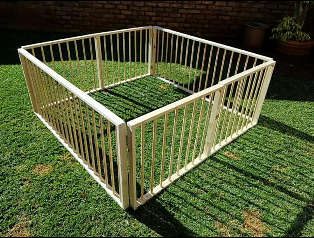 Wooden playpens safe and compactable for your babies