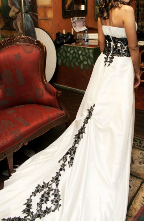 One of a Kind Wedding Dress for Sale | Junk Mail